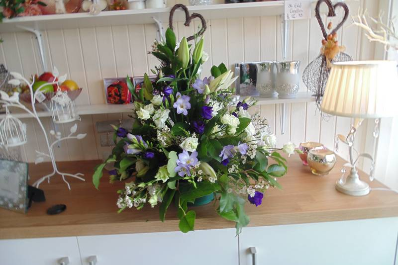 funeral flower arrangements image 30