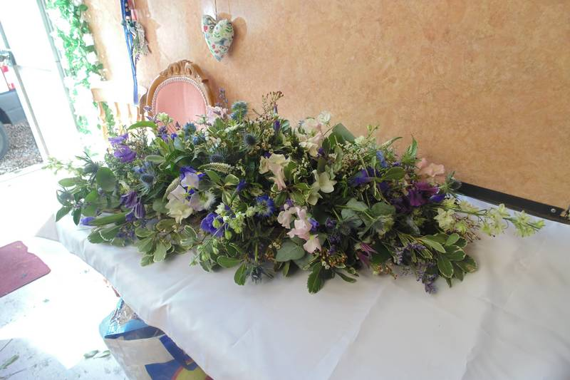 funeral flower arrangements image 35