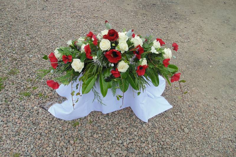 funeral flower arrangements image 38