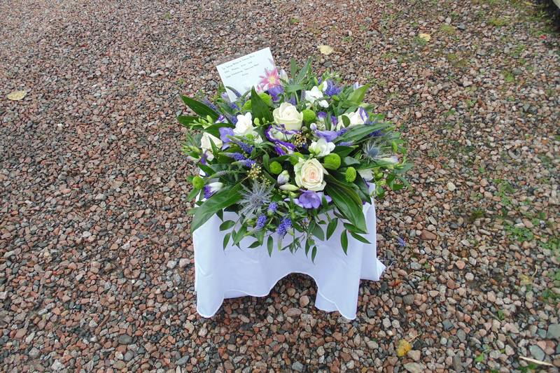 funeral flower arrangements image 42