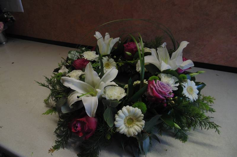 funeral flower arrangements image 46