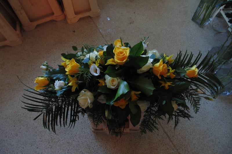 funeral flower arrangements image 51
