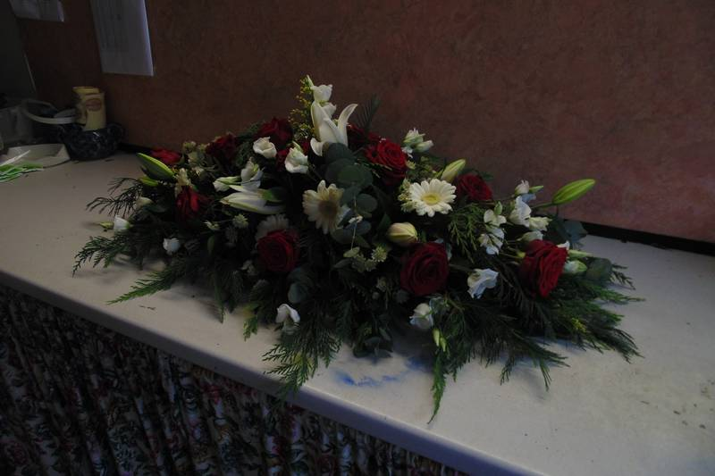 funeral flower arrangements image 57