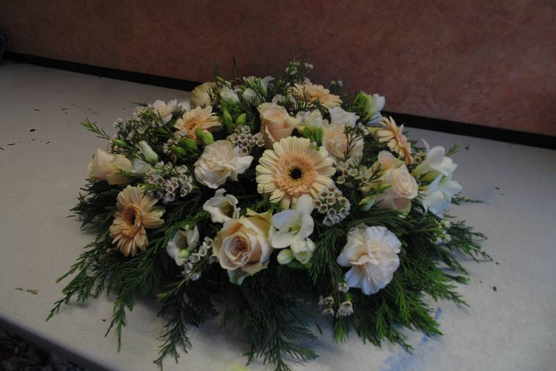 funeral flower arrangements image 59