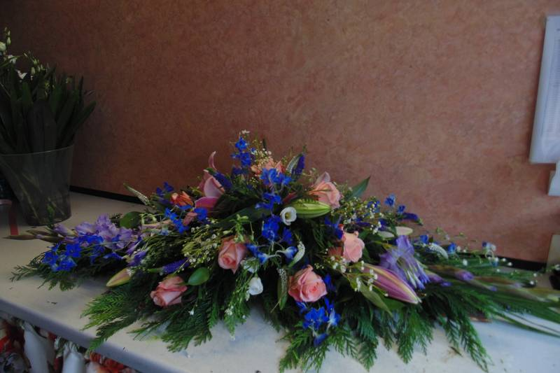 funeral flower arrangements image 61
