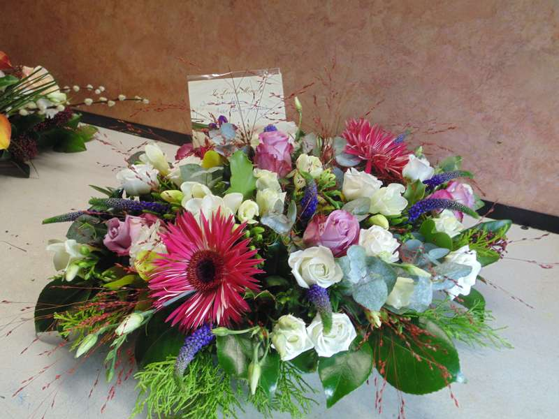 funeral flower arrangements image 06