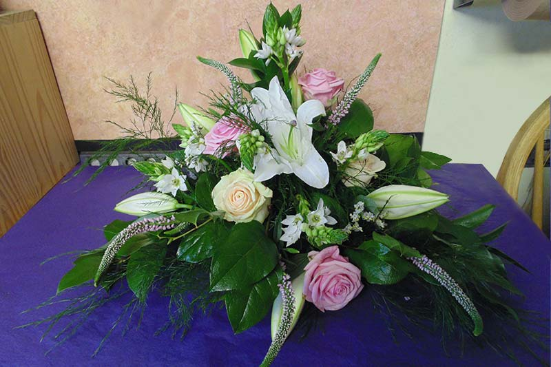 wedding flower arrangement 46
