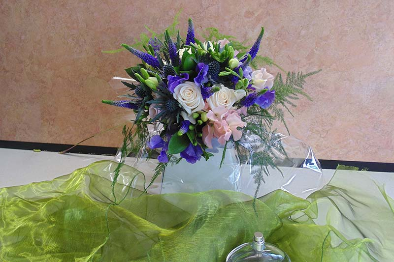 wedding flower arrangement 10