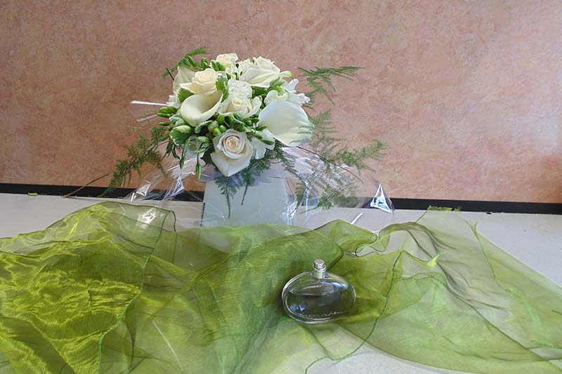 wedding flower arrangement 11