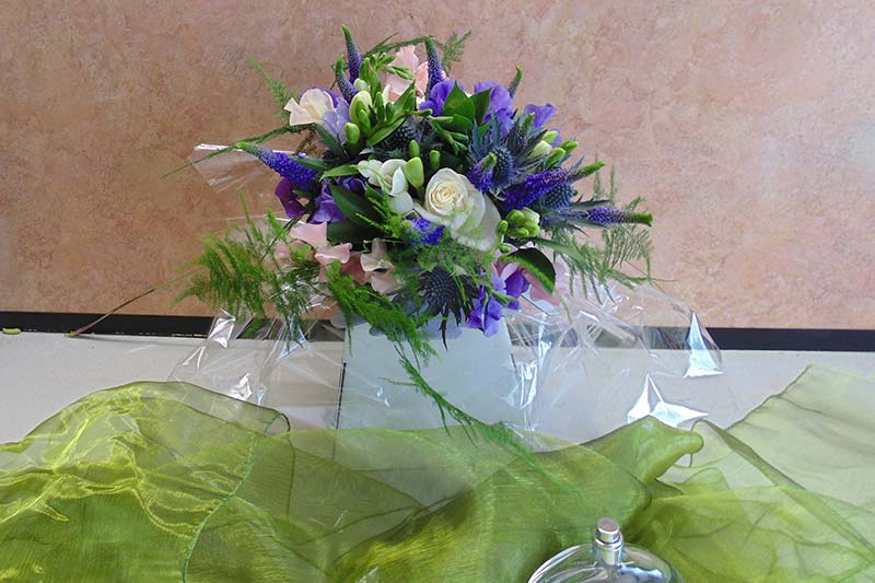 wedding flower arrangement 12