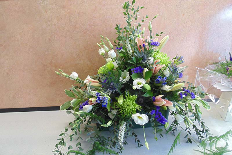 wedding flower arrangement 14