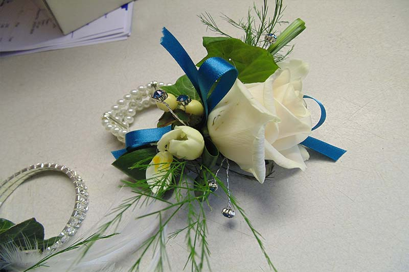wedding flower arrangement 20