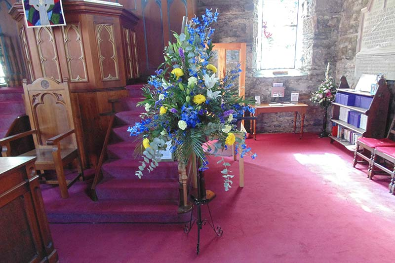 wedding flower arrangement 65