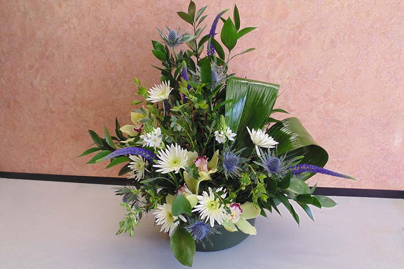 wedding flower arrangement 22