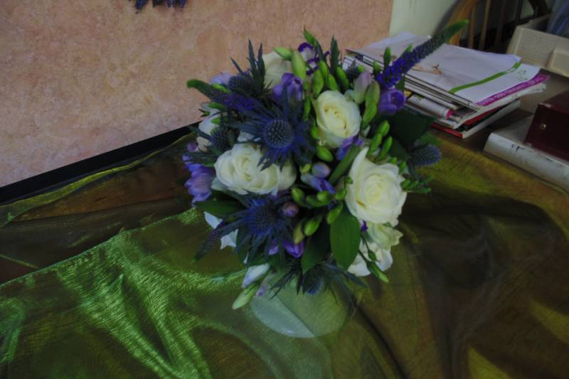 wedding flower arrangement 42