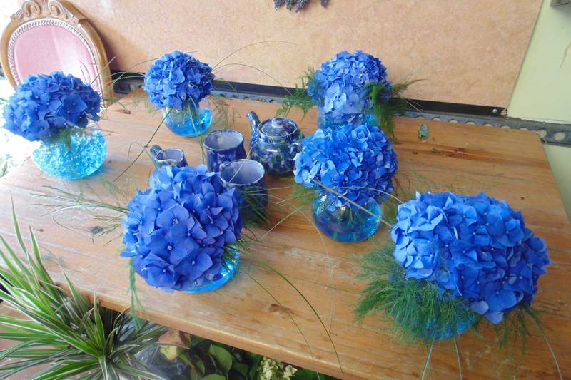 wedding flower arrangement 44