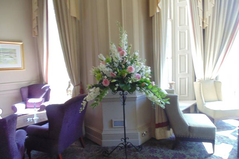 wedding flower arrangement 091