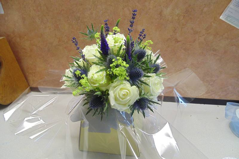 wedding flower arrangement 093