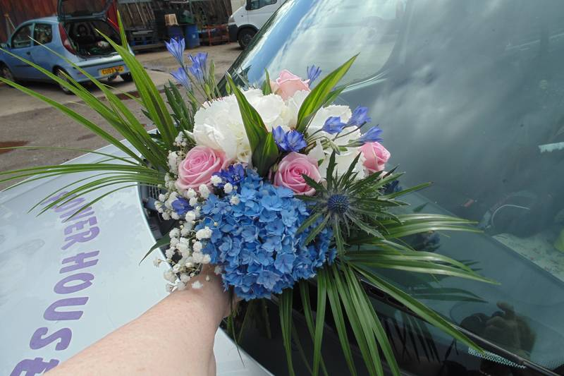 wedding flower arrangement 56