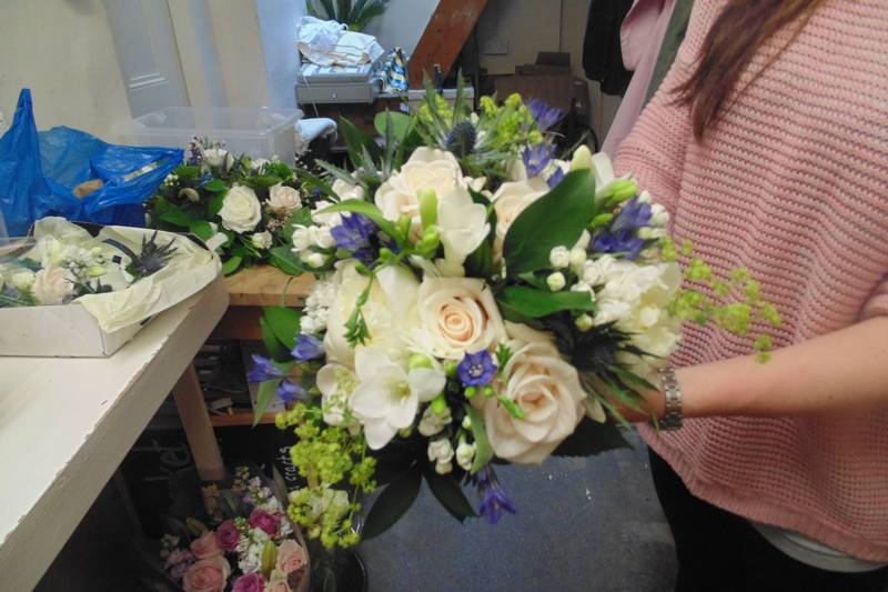 wedding flower arrangement 58