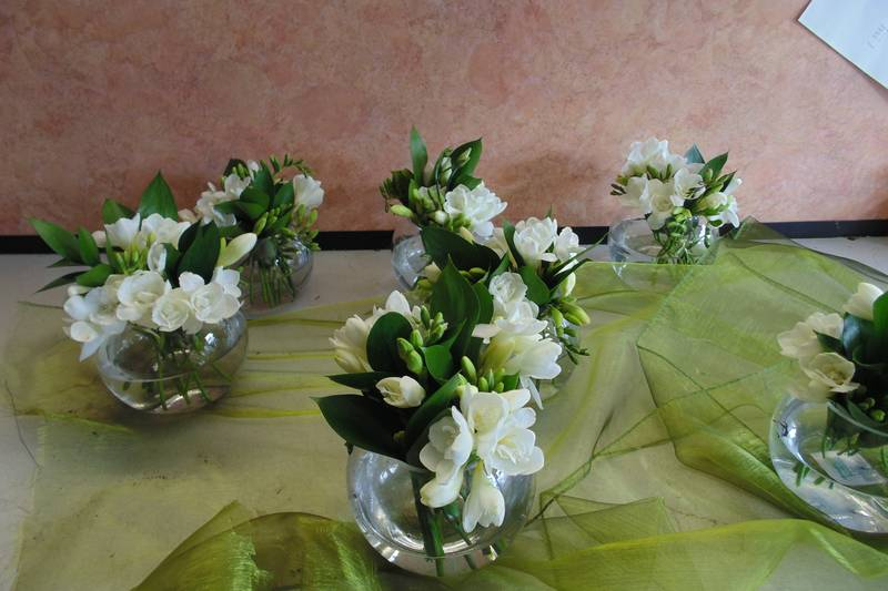 wedding flower arrangement 71