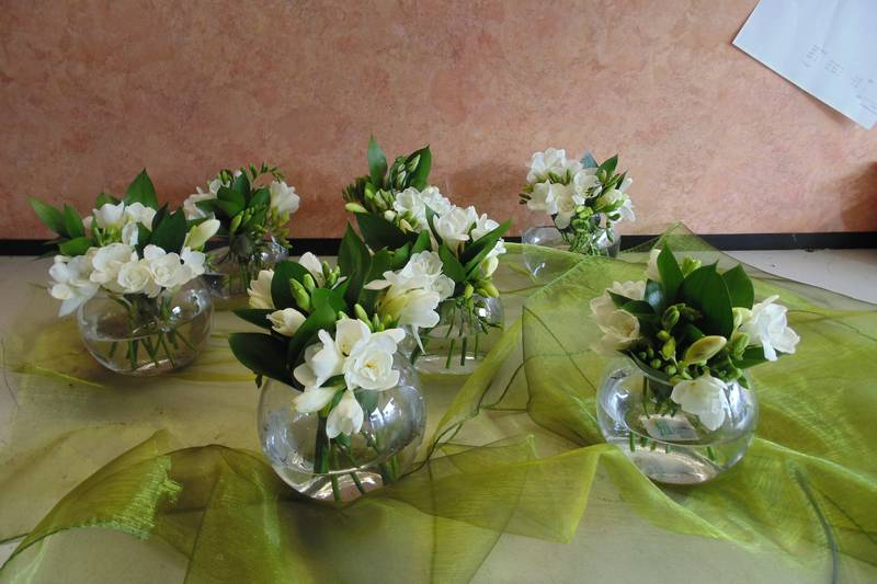 wedding flower arrangement 114