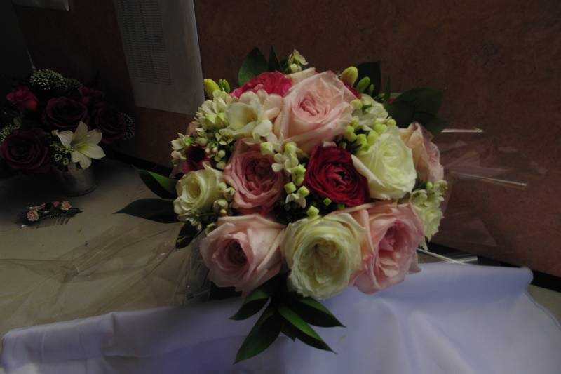 wedding flower arrangement 74