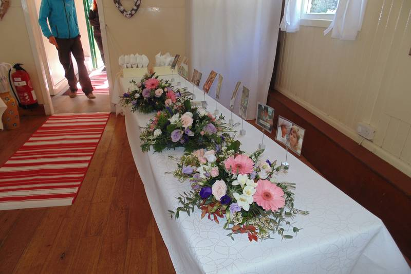 wedding flower arrangement 121