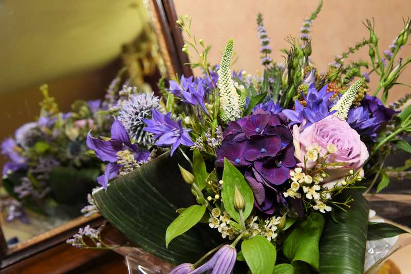 wedding flower arrangement 15