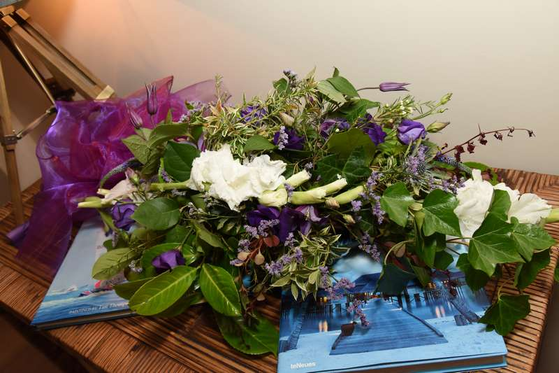 wedding flower arrangement - sept16-19